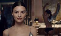 Emily Ratajkowski nue dans la pub du parfum Paco Rabanne Pure XS 2019