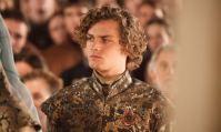 """""""Game of Thrones"""" : Finn Jones et ses rôles au-delà de Loras Tyrell"""