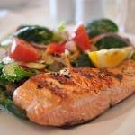 Le poisson sauvage est-il meilleur que le poisson d'élevage ?