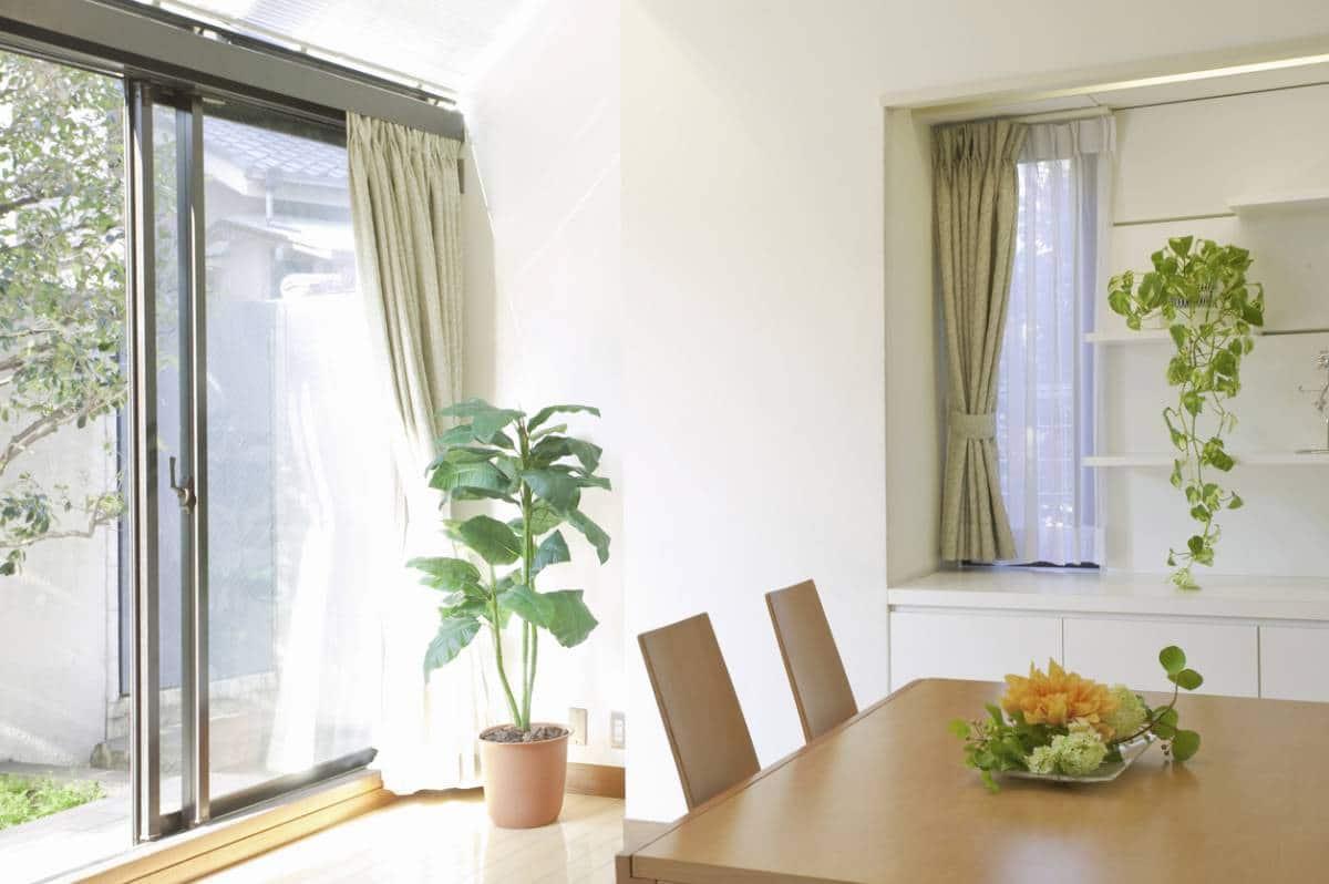 Rideaux Baie Vitrée Coulissante pourquoi devriez-vous installer des baies vitrées chez vous