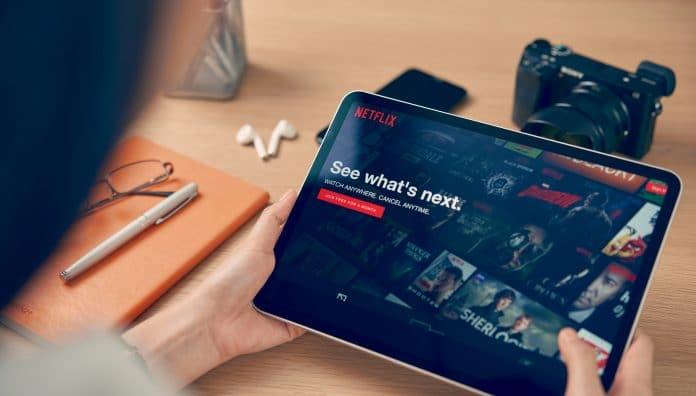 Bradley Cooper prépare un nouveau film musical sur Netflix !