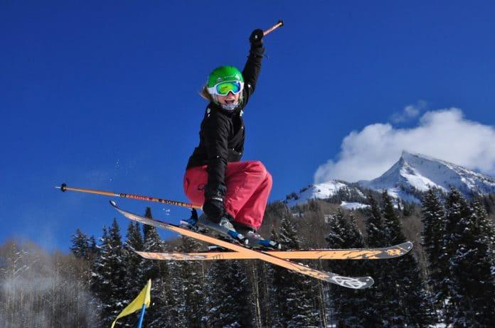 Comment bien choisir son équipement pour le ski ?