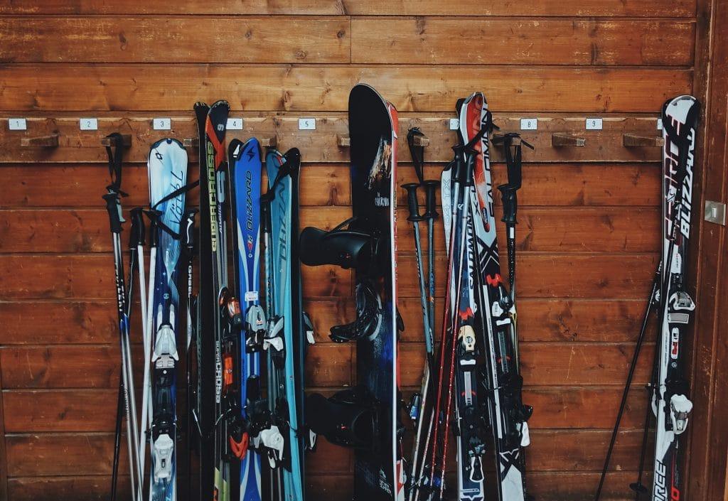 Trouver des skis adaptés