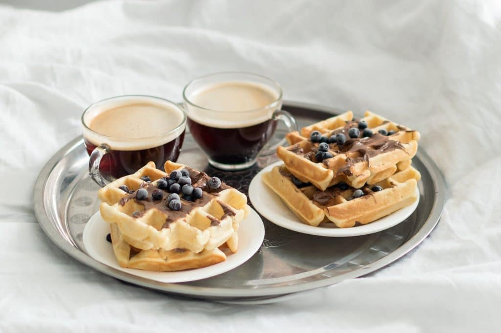 Amener le petit-déjeuner au lit