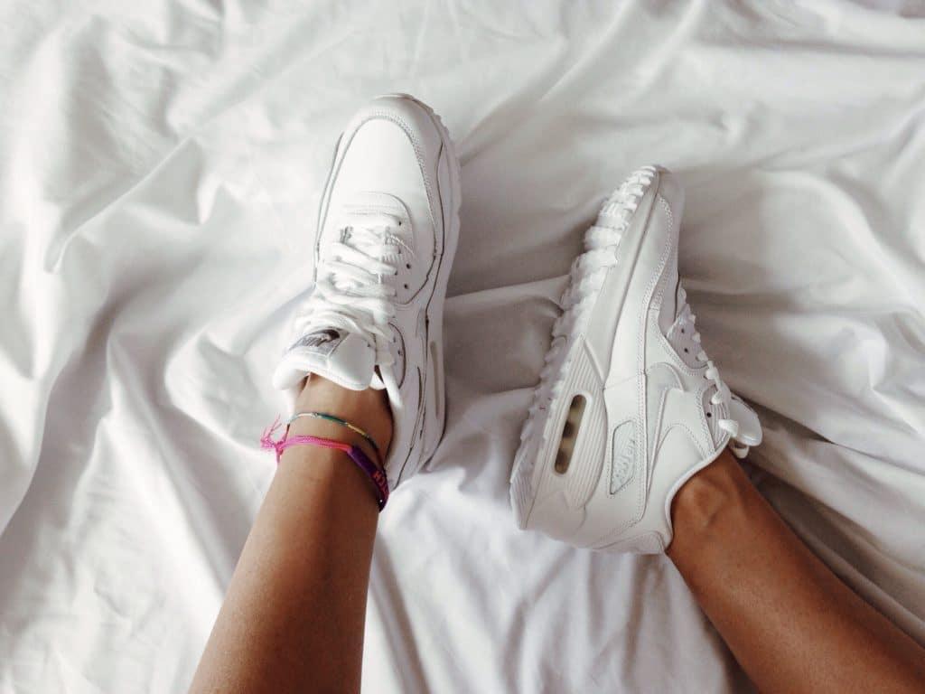 Les sneakers à semelles épaisses