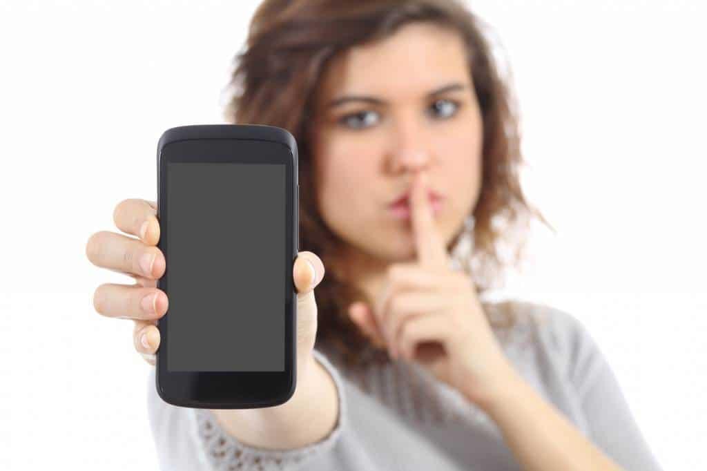 smartphone protection confidentialité écran