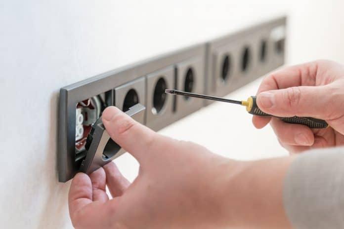Comment devenir électricien indépendant ?