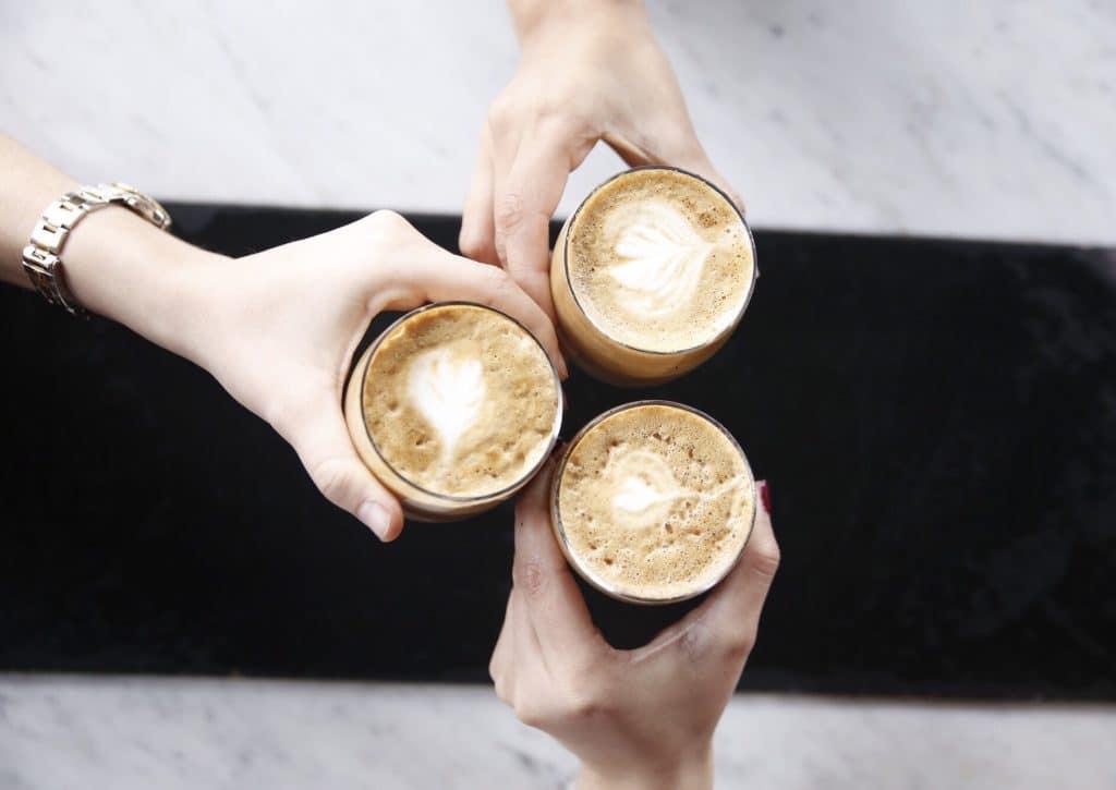 Pourquoi devriez-vous proposer du café dans votre entreprise ?