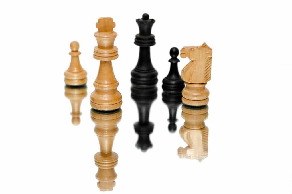 La série le jeu de la dame pousse-t-elle à jouer aux échecs ?