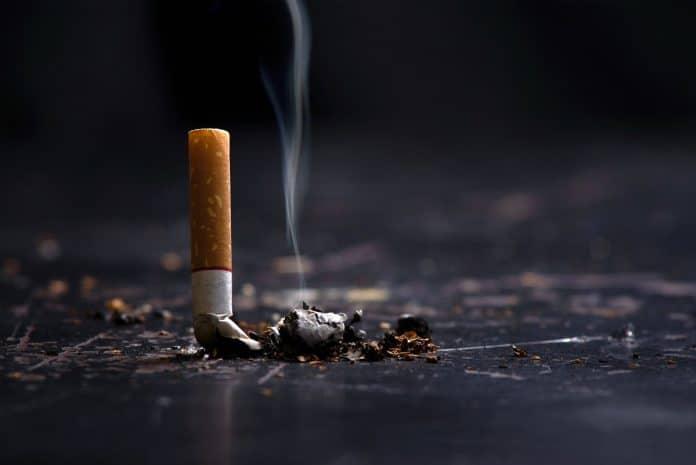 L'offensive du député François-Michel Lambert contre le commerce parallèle de tabac