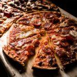 Quels sont les prix et les charges d'un distributeur automatique de pizzas ?
