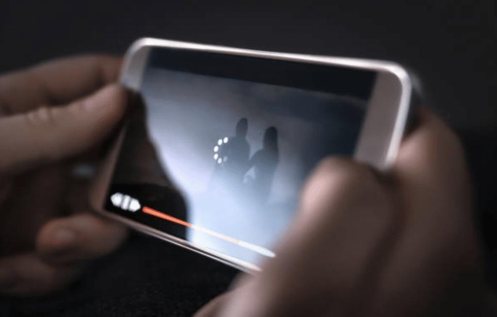 Comment regarder des films et séries avec Streamingdivx?