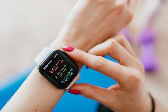 5 raisons de vous offrir un bracelet connecté pour commencer le sport